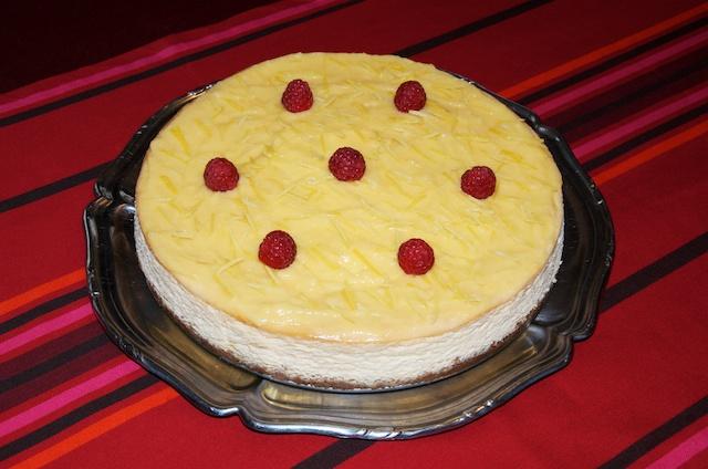 Mon Cheesecake au citron prêt à être dégusté.